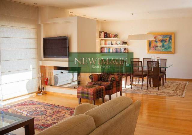 (For Sale) Residential Maisonette || Athens South/Elliniko - 202 Sq.m, 4 Bedrooms, 590.000€